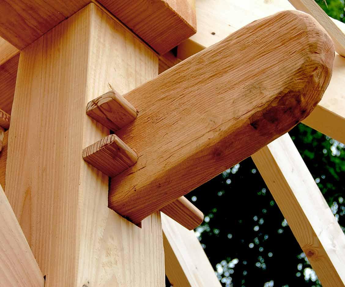 Gebint Constructie van Gastenverblijf met veranda in Hellendoorn gerealiseerd door Henk Bennink Exclusieve Houtbouw